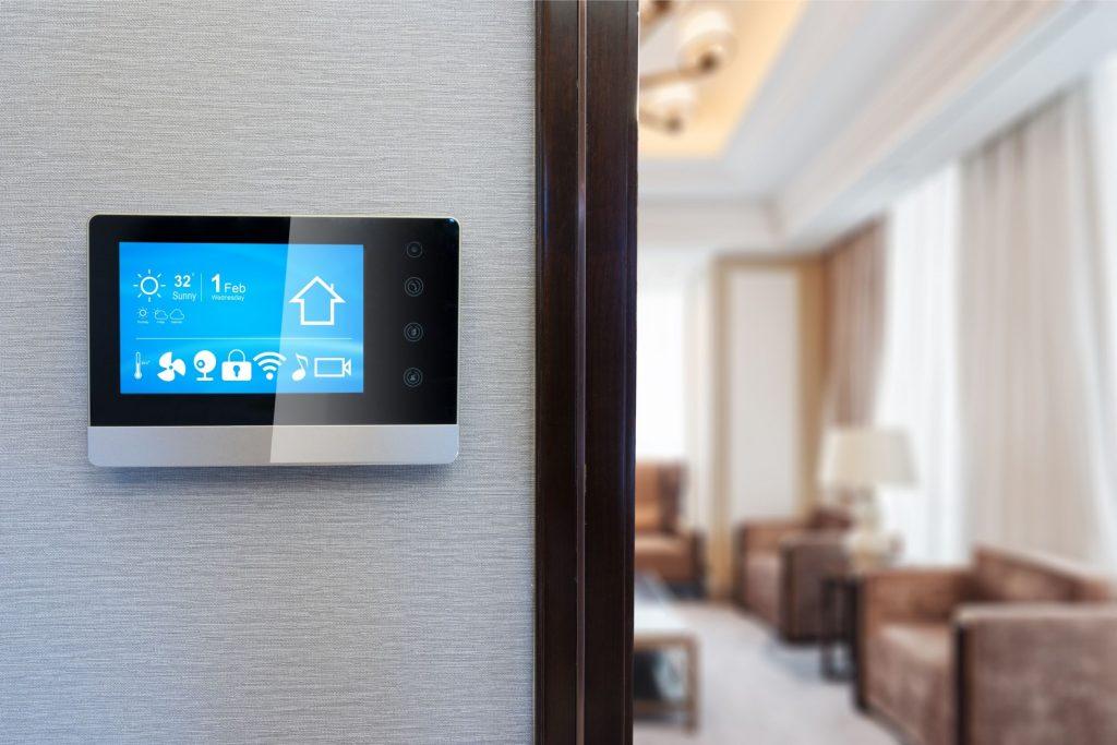 digital screen in smart home